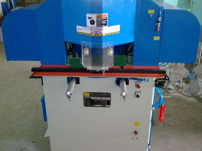 Double 45 Degrees oh inclined cutting machine